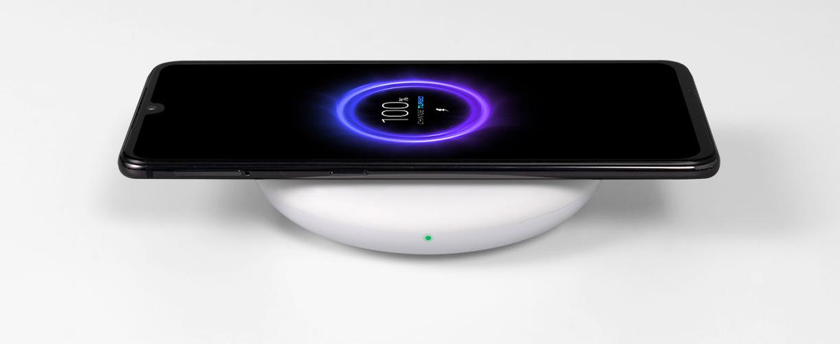 смартфоны Xiaomi с беспроводной зарядкой